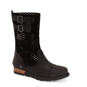 Mid-calf booties in black leather